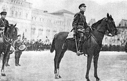 Командующий войсками Московского военного округа Б.М. Шапошников на военном параде в Москве. Май, 1928 г.
