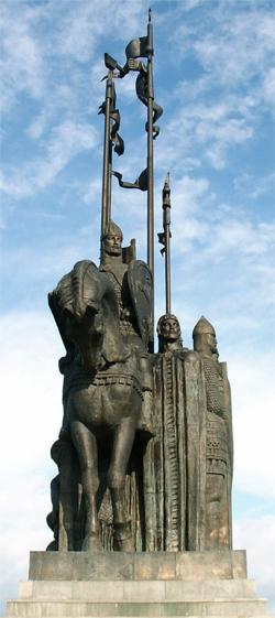 Памятник воинам Александра Невского на горе Соколиха в Пскове